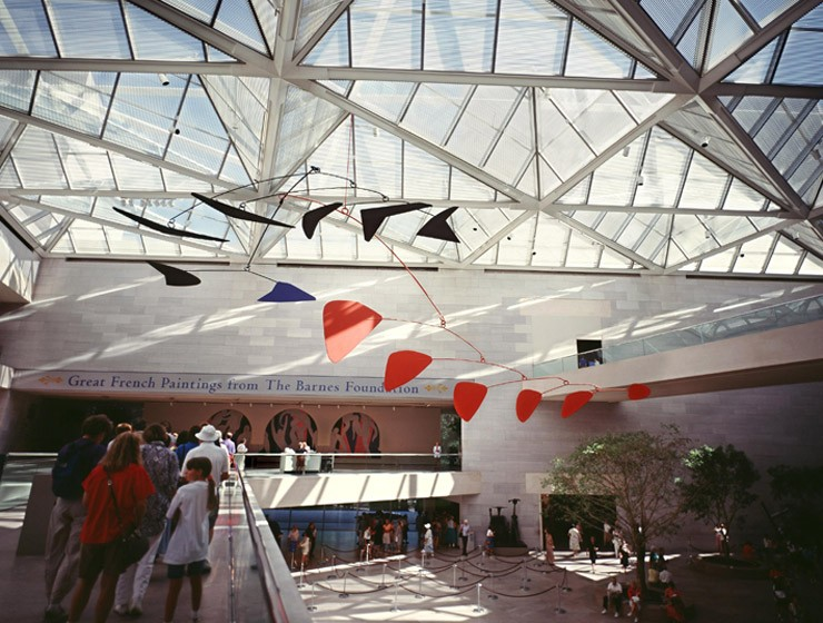 The atrium of the East Building, shown in 1993 during the exhibition Great French Paintings from the Barnes Foundation: Impressionist, Post-Impressionist, and Early Modern,