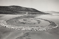 Caption: Robert Smithson, Untitled (Spiral Jetty), 1970, National Gallery of Art, Washington. Photograph by Gianfranco Gorgoni