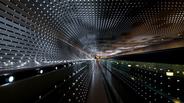 Leo Villareal programs Multiverse (2008), a new light sculpture that he created for the underground walkway between the East and West Buildings of the National Gallery of Art in Washington, DC.