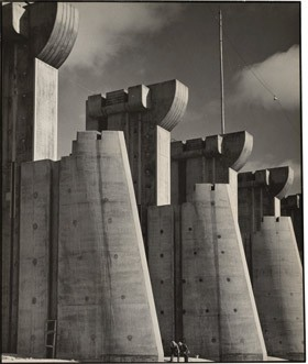 Margaret Bourke-White Fort Peck Dam, Montana, 1936 gelatin silver print gelatin silver print National Gallery of Art, Patrons Permanent Fund
