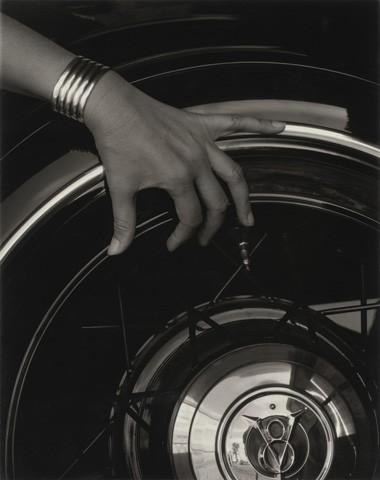 Alfred Stieglitz, Georgia O'Keeffe—Hand and Wheel, 1933