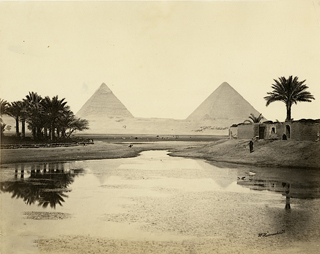 Distant view of pyramids. Photograph W. Hammerschmidt